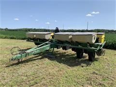 John Deere 7200 8R30 MaxEmerge 2 Vacumeter Planter