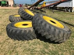 John Deere 8420 520/85 R 42 Wheel Set