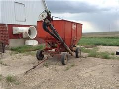 Huskee 225 Gravity Wagon W/ Seed Tender