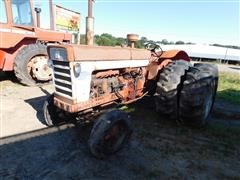 International 660 2WD Tractor