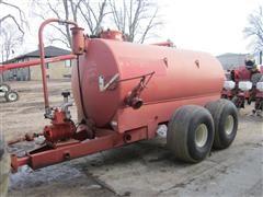 Calumet V-2250 Liquid Manure Vacuum Tank