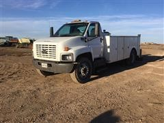 2005 Chevrolet C6500 Truck With Service Bed