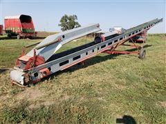 Kewanee 600 52' Grain/Hay Elevator