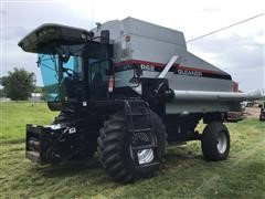 1998 Gleaner R62 2WD Combine