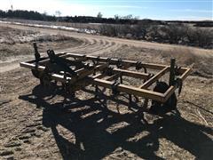 Jeoffroy 610-13 Chisel Plow
