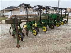 "John Deere 885 6R36"" 3-Pt Cultivator"