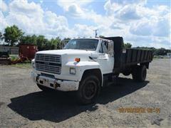1989 Ford 700 Dump Truck