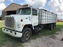1979 Ford 8000 Custom Cab T/A Grain Truck