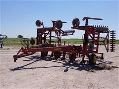 Sunflower Richardson 3670-35 Sweep Plow