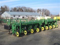 John Deere 886 Row Cultivator/Ridger