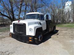 1977 International 1600 Utility Truck