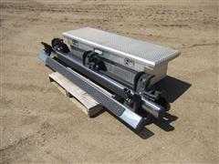Daws SEC CLP700 Aluminum Toolbox & Mopar Nerf Bars