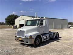 2000 Freightliner Century Classic 112 T/A Truck Tractor