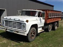 1978 Ford F-700 Truck