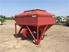 Valmar SRT6 Dry Fertilizer Box