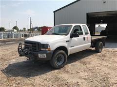 2002 Ford F350XL 4x4 Extended Cab Flatbed Pickup