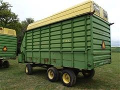 John Deere 716A Silage Wagon