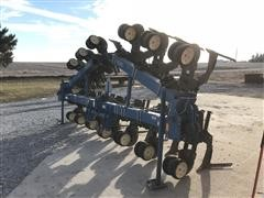 Kinze 1500 12R30 Wide Sweep Cultivator
