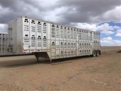 1985 Barrett T/A Livestock Trailer