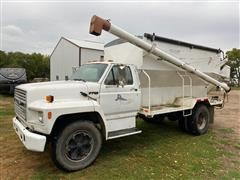 1991 Ford F700 S/A Auger Transport Tender Truck