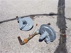 Fisher Controls S202 Gas Regulators