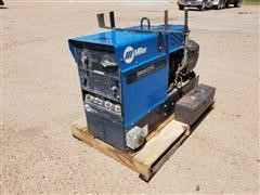 Miller Bobcat 225G AC/DC Welder 8000 Watt Generator