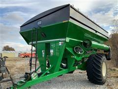 2018 Brent 1082 Grain Cart