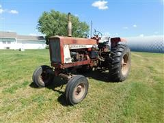Farmall International F706 2WD Tractor