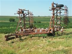 Wil-Rich 29' Field Cultivator