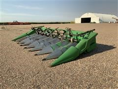 John Deere 843 Corn Header