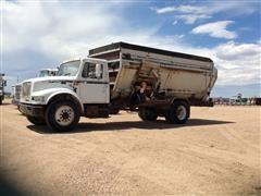1996 International 4900 S/A Truck W/ Botec 4063 Mixer