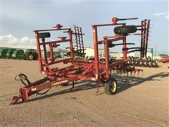 Sunflower 2331-22 Chisel Plow