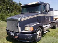 1989 White/GMC WIA64T T/A Truck Tractor