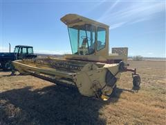 New Holland 1114 Self-Propelled Windrower