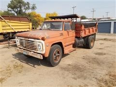 1968 Ford F702 S/A Dump Truck