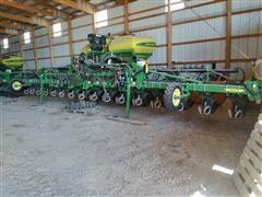 2009 John Deere 1720 16R30 CCS Planter