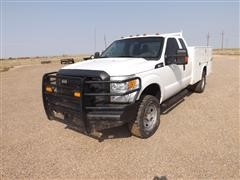2015 Ford F350 Heavy Duty 4x4 Extended Cab Utility Truck