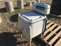 Maytag E2L Washing Machine