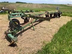 John Deere 2800 6 Bottom Moldboard Plow