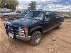 1998 Chevrolet 2500 4x4 Extended Cab Pickup