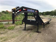 2018 Load Trail Low-Pro w/ Hydraulic Dove Tail 34' T/A Flatbed Trailer