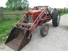 1961 Ford 501 Tractor With Dearborn Loader