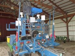 1998 Almaco TP2 Precision Research Planter
