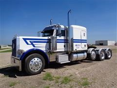 2007 Peterbilt 379 EX Hood Tri Axle Truck Tractor