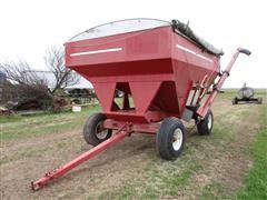 E Z Trail 3400 Grain Cart