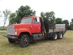1981 International S2500 T/A Flatbed Boom Truck W/Hyd Knuckleboom
