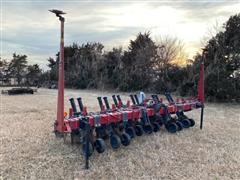 Redball Strip Till 6 3-Pt Strip Till Machine