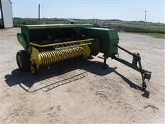 John Deere 346 Small Wire Tie Square Baler