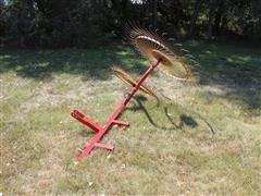 3-Pt Tether 2 Wheel Rake