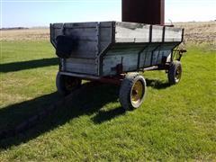 New Holland Machine Co 450 Barge Wagon W/Seeder Attachment